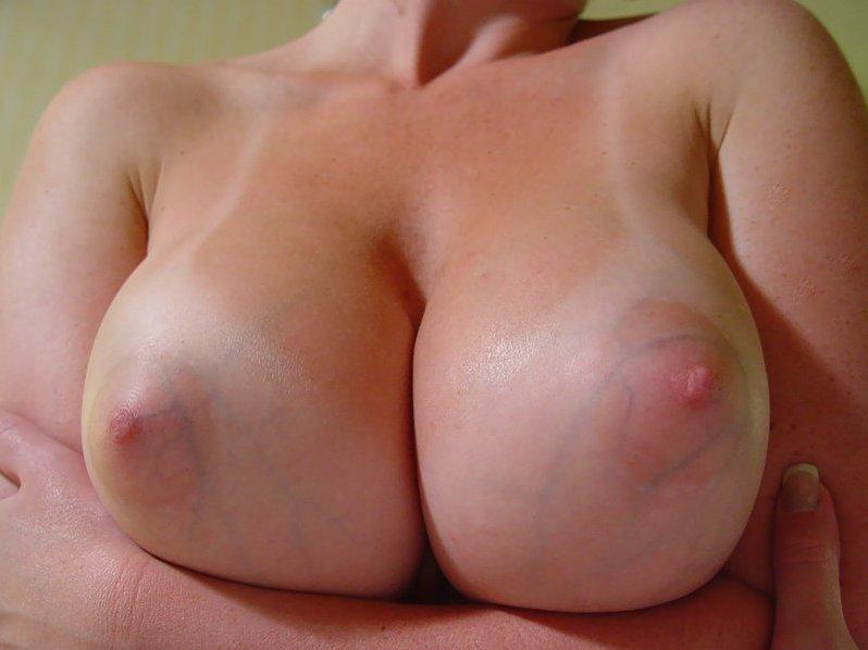 big boobs gros plan (4)