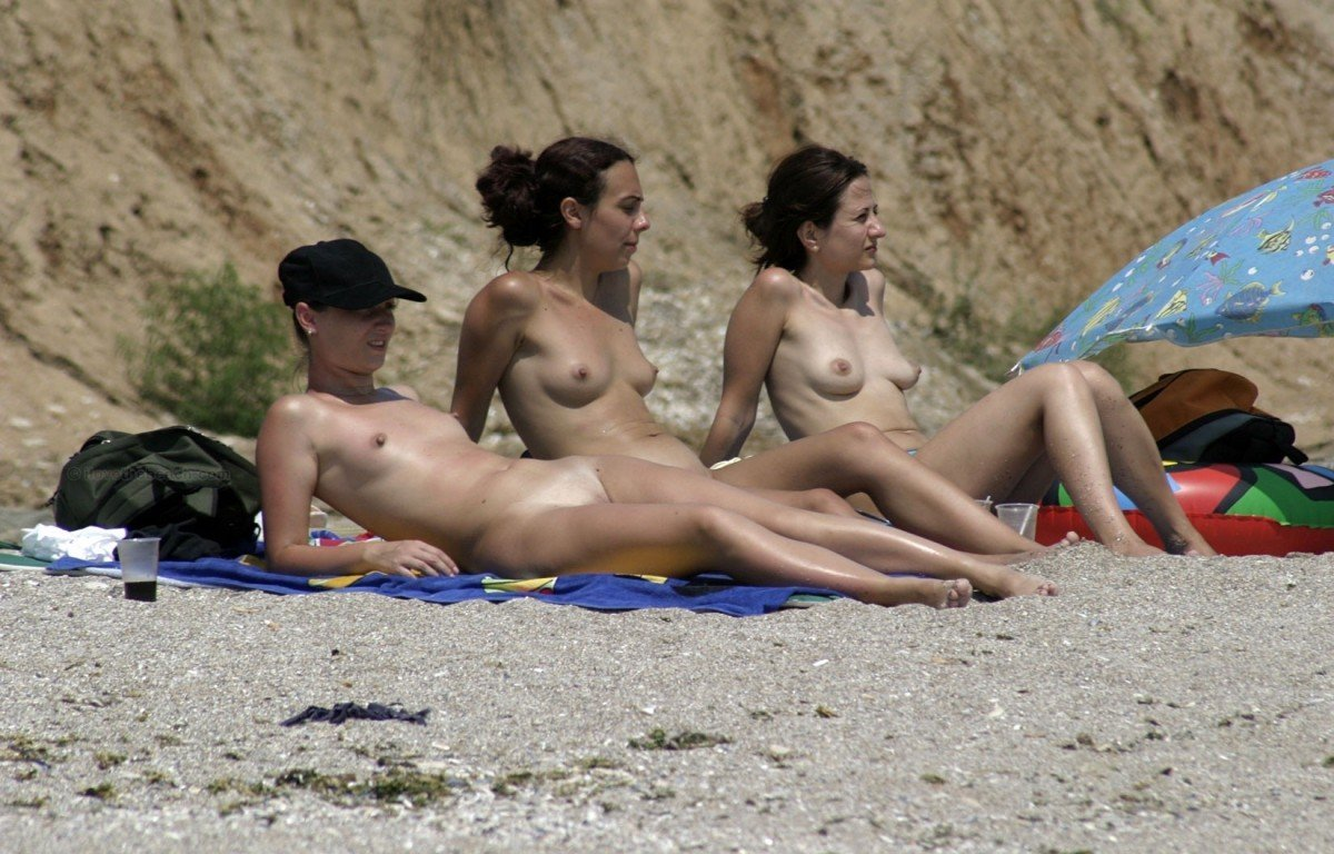 veb-kamera-nudistskiy-plyazh