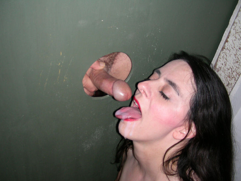 Shufuni orgasm in tub