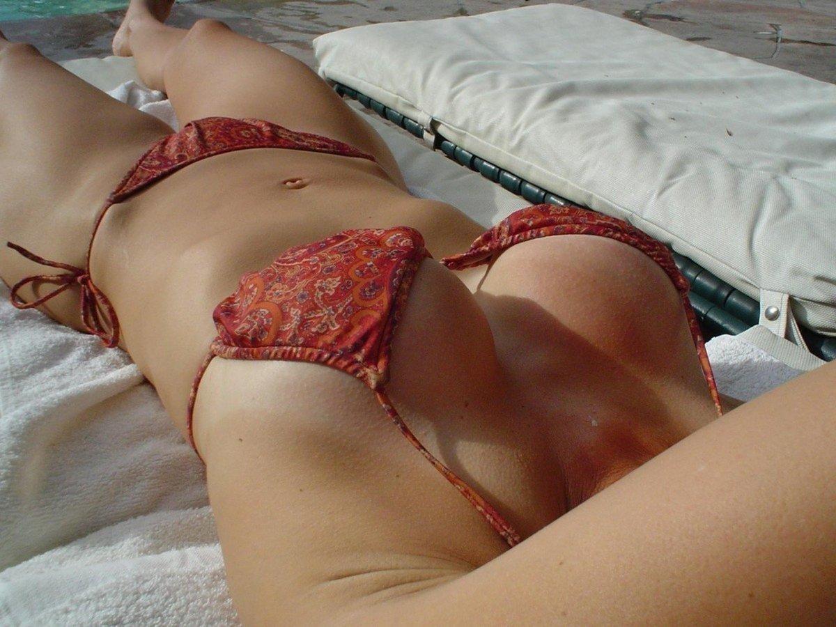 meuf gros nichons bikini (4)