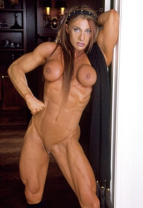 photo femme tres musclee (8)