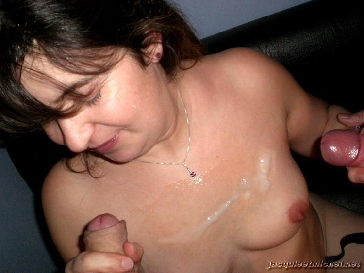 sperme petits nichons (2)
