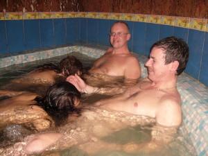 Se faire sucer dans le bain, quoi de mieux ?