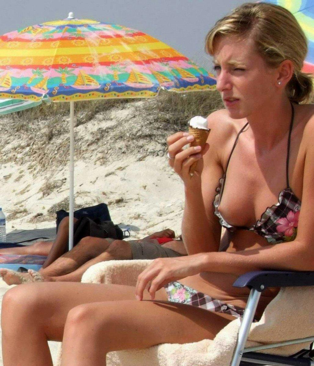 teton depasse bikini (10)