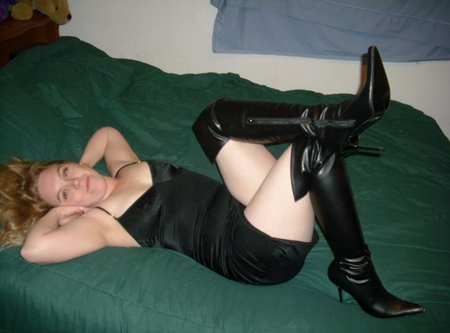 amatrice bottes sexy (5)