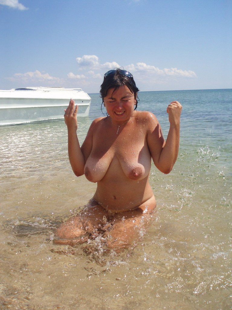 fiji naked woman potos