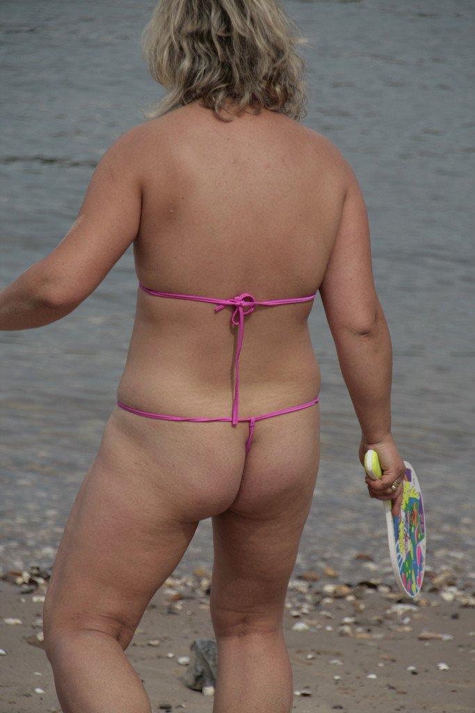 mature mini bikini (5)