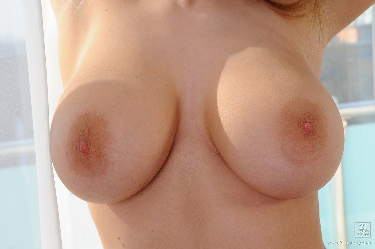 photo big boobs gros plan (7)