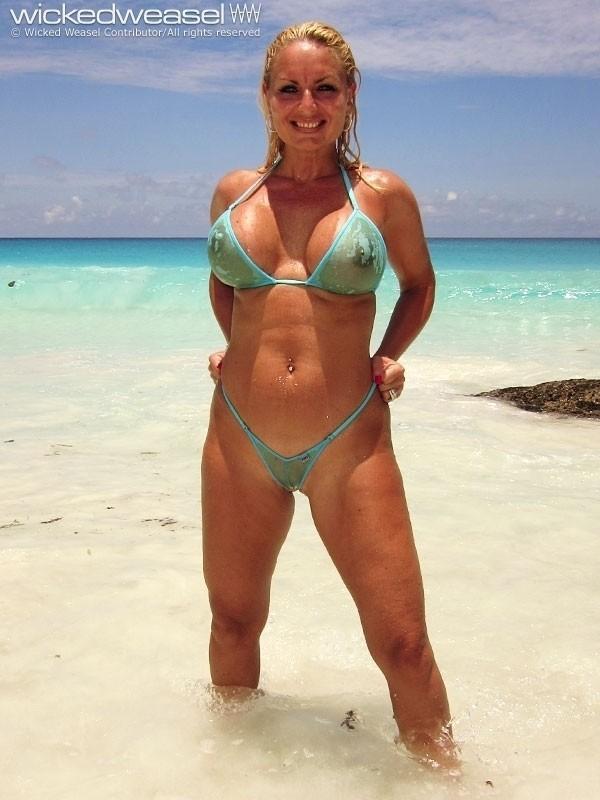 a travers le bikini  (21)