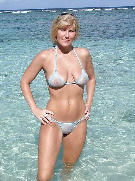 a travers le bikini  (7)