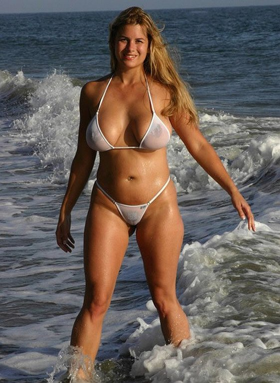 bikini transparent gros lolos (22)