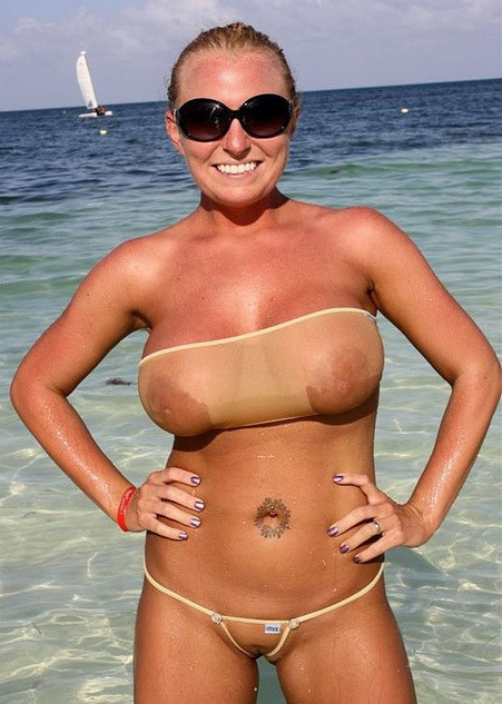 bikini transparent gros lolos (5)