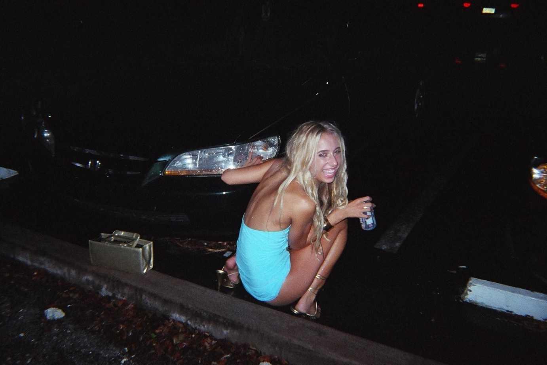blondasse envie pressante (9)