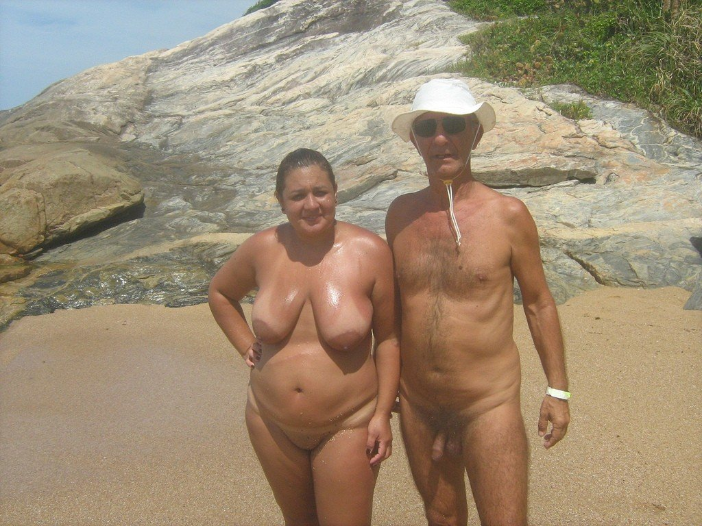 Mature plage escorte lot