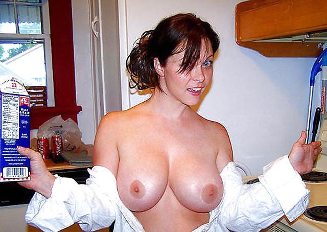 exhibe seins (21)