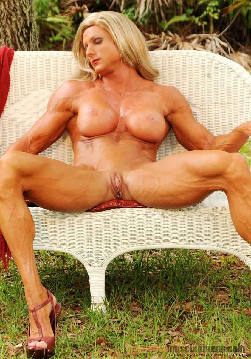 Huge clit muscle milf spreading