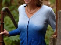 Femmes à gros seins sans soutiens gorges