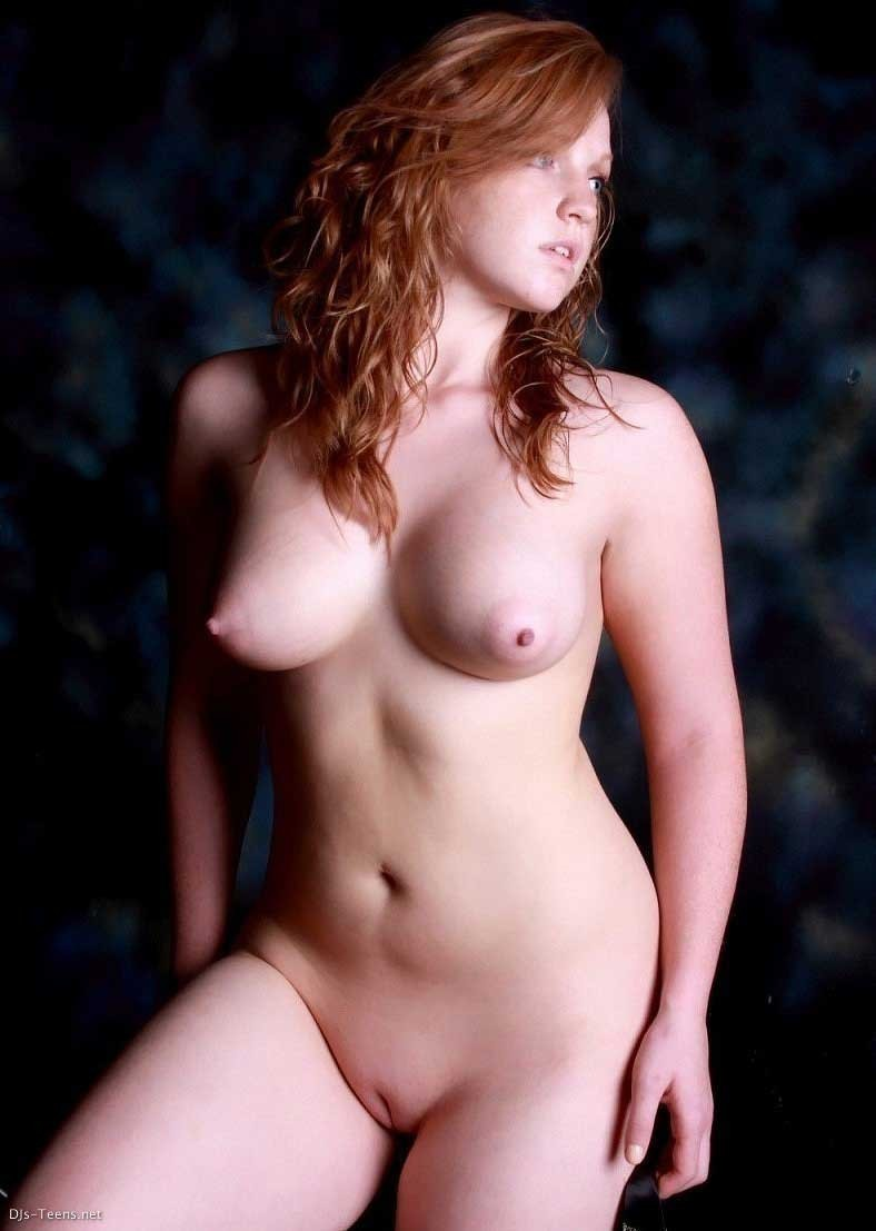 fille rousse exhib corps (13)