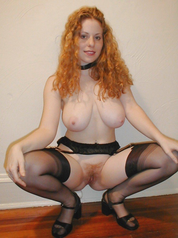 fille rousse exhib corps (15)