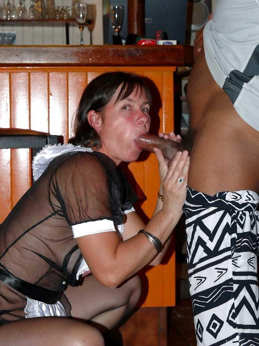 Une Bonne Grosse Bite Noire Dans La Bouche De Ces Salopes -5788