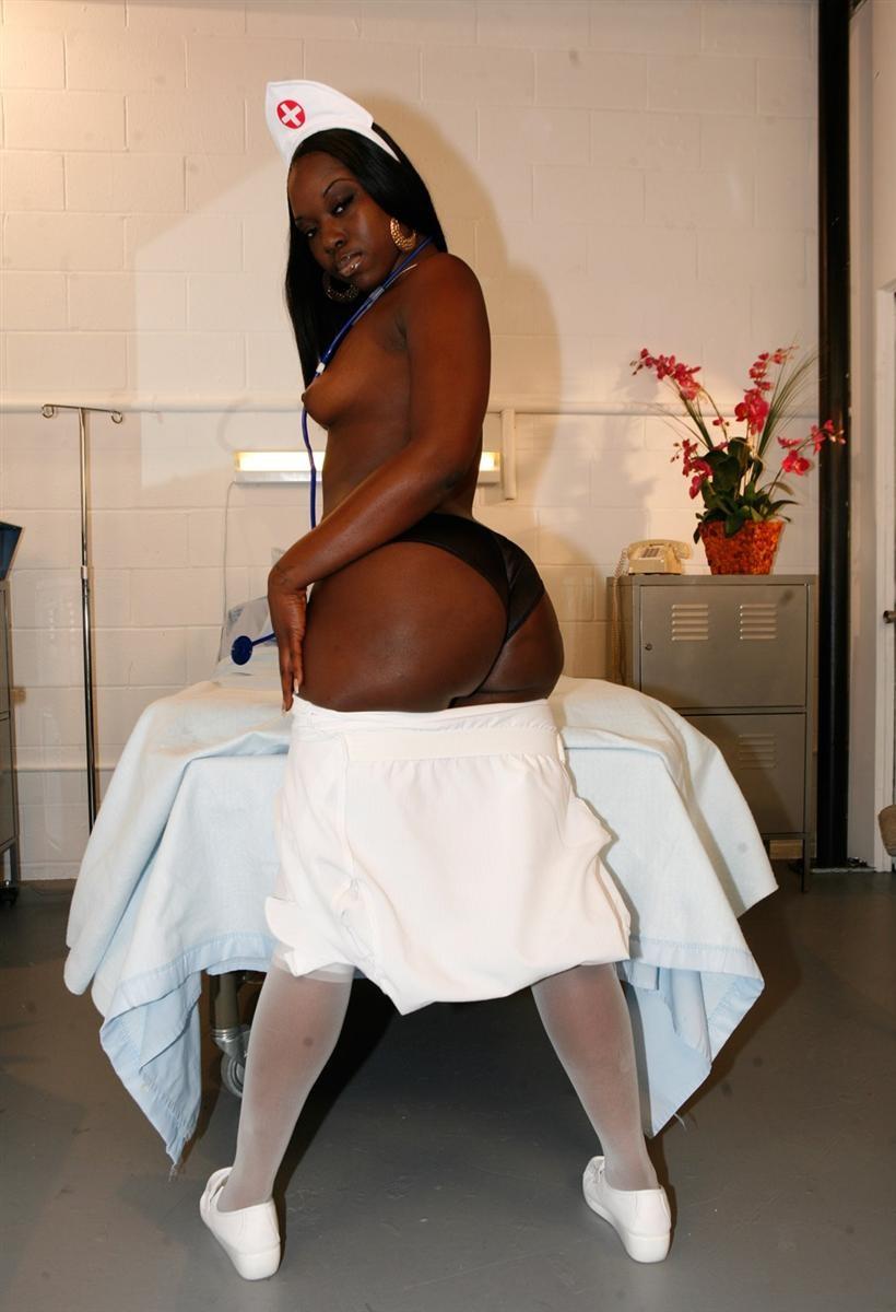 grosse infirmiere noire (19)