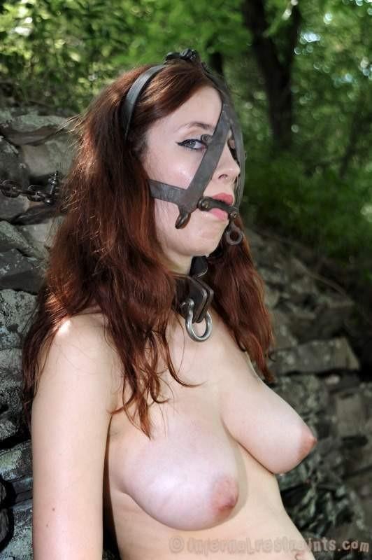ligotee baillonnee torturee (10)