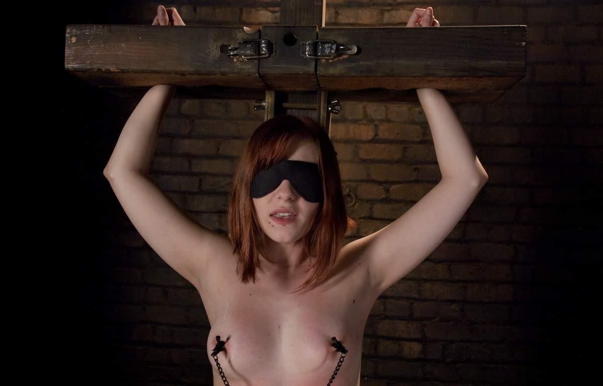 ligotee baillonnee torturee (4)