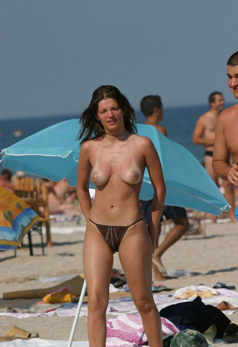 topless plage (9)