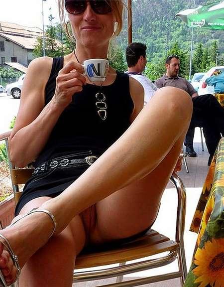 blondinette sans culotte (8)