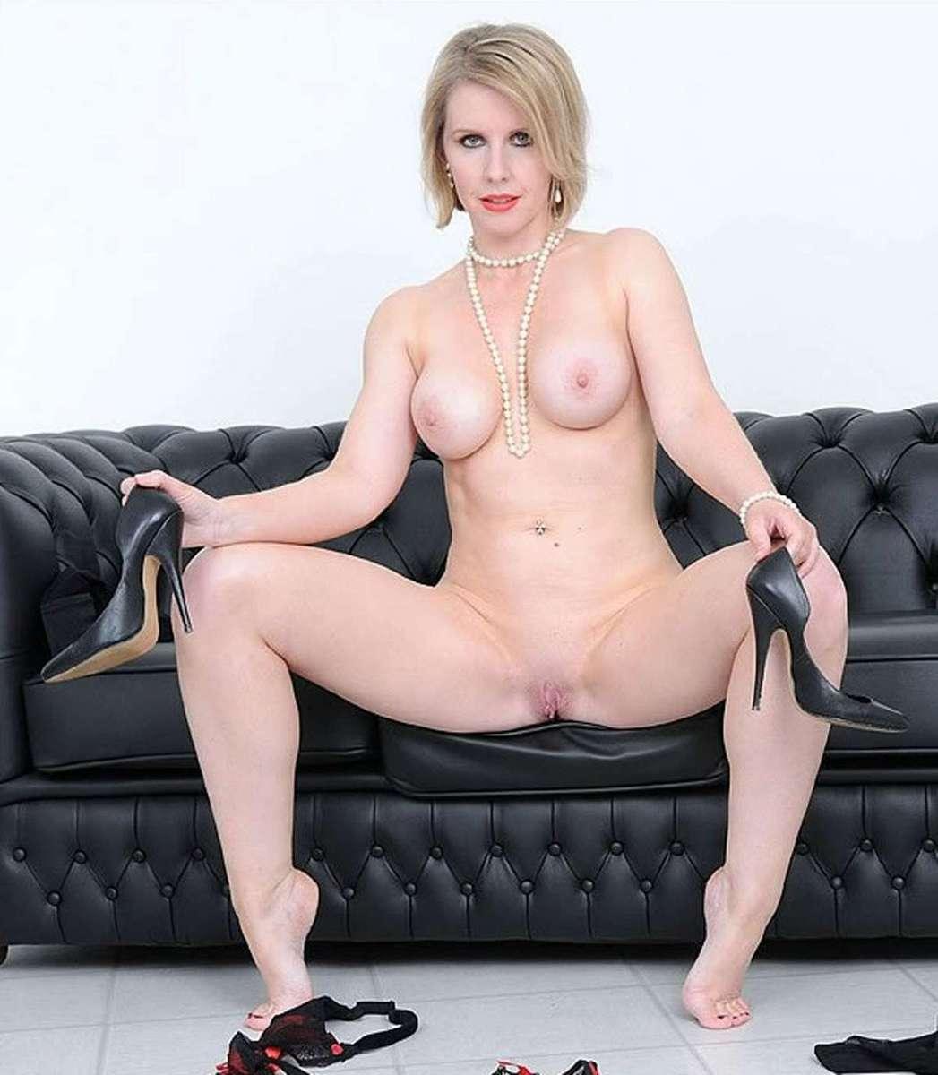 femme mure blonde sexy (16)