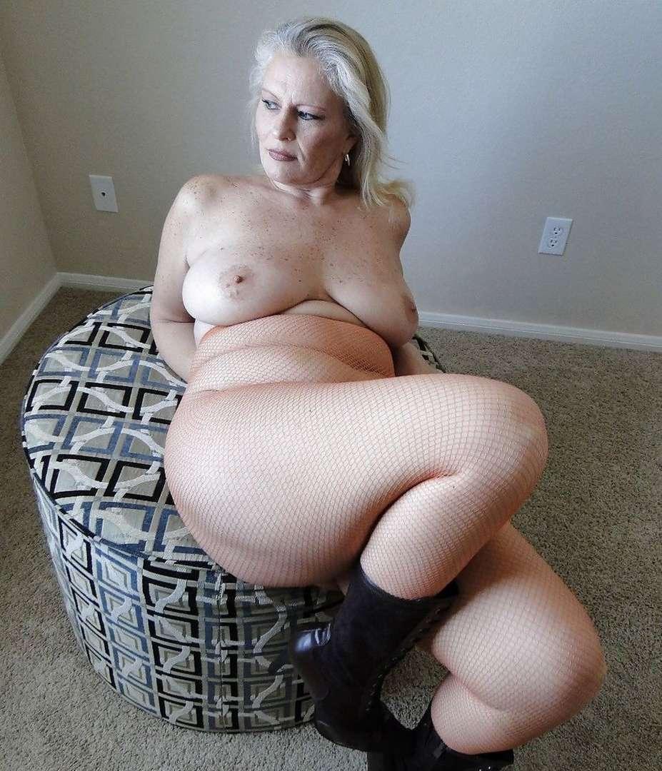 femme mure blonde sexy (7)