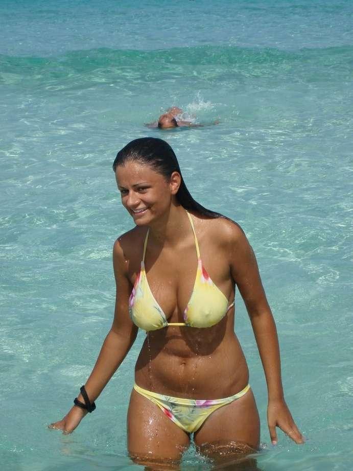 gros tetons bikini (10)