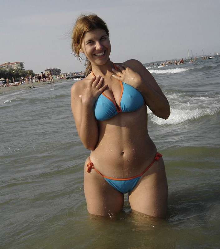 gros tetons bikini (3)