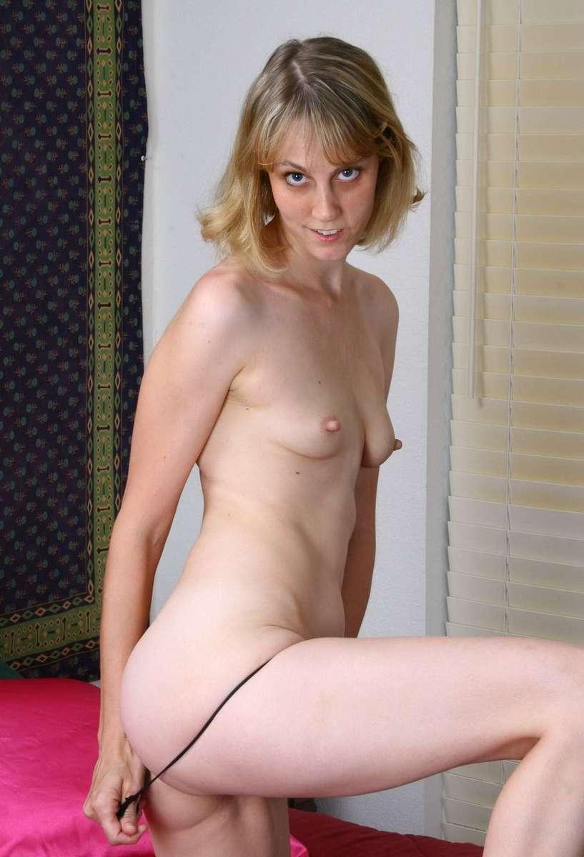jeune femme sexy culotte (8)