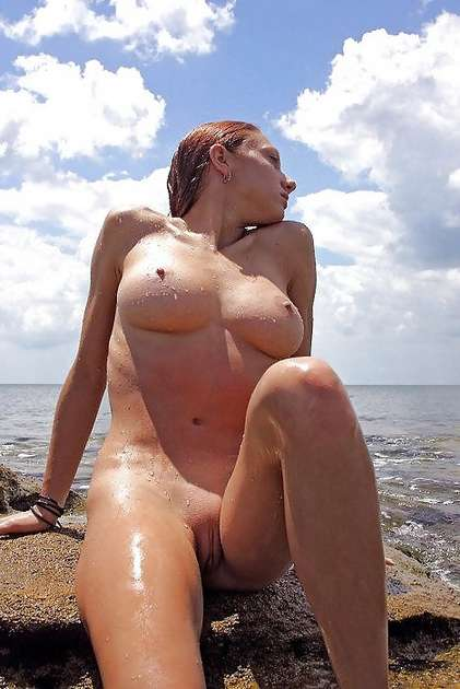 meuf canon nue plage (6)