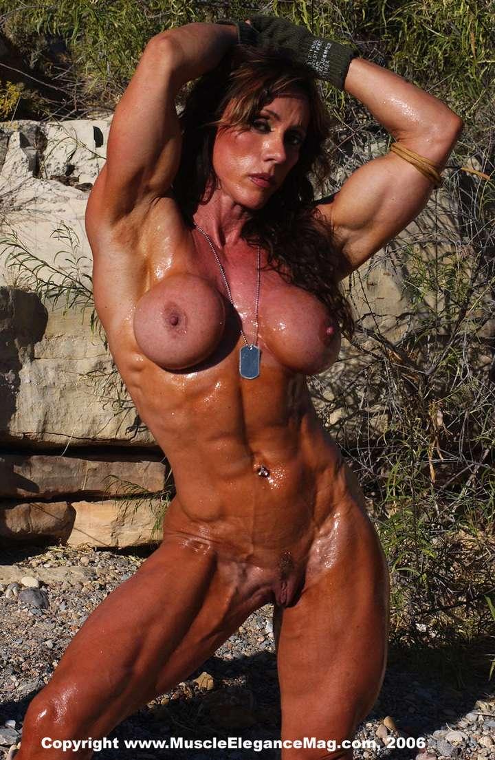 Femmes Muscles Avec Des Gros Seins Silicons - 4Plaisircom-2142