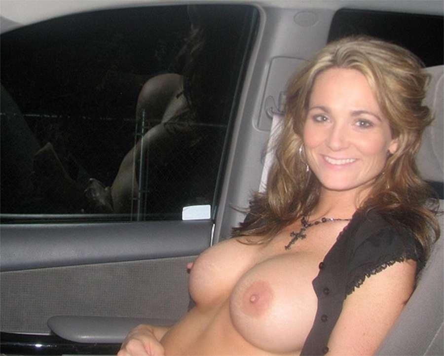 seins nus voiture (2)