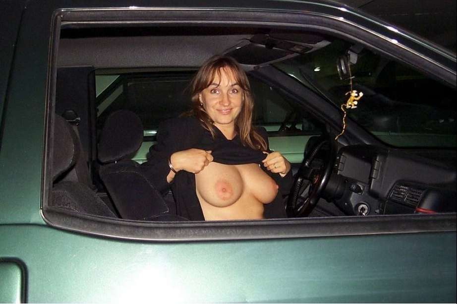 seins nus voiture (22)