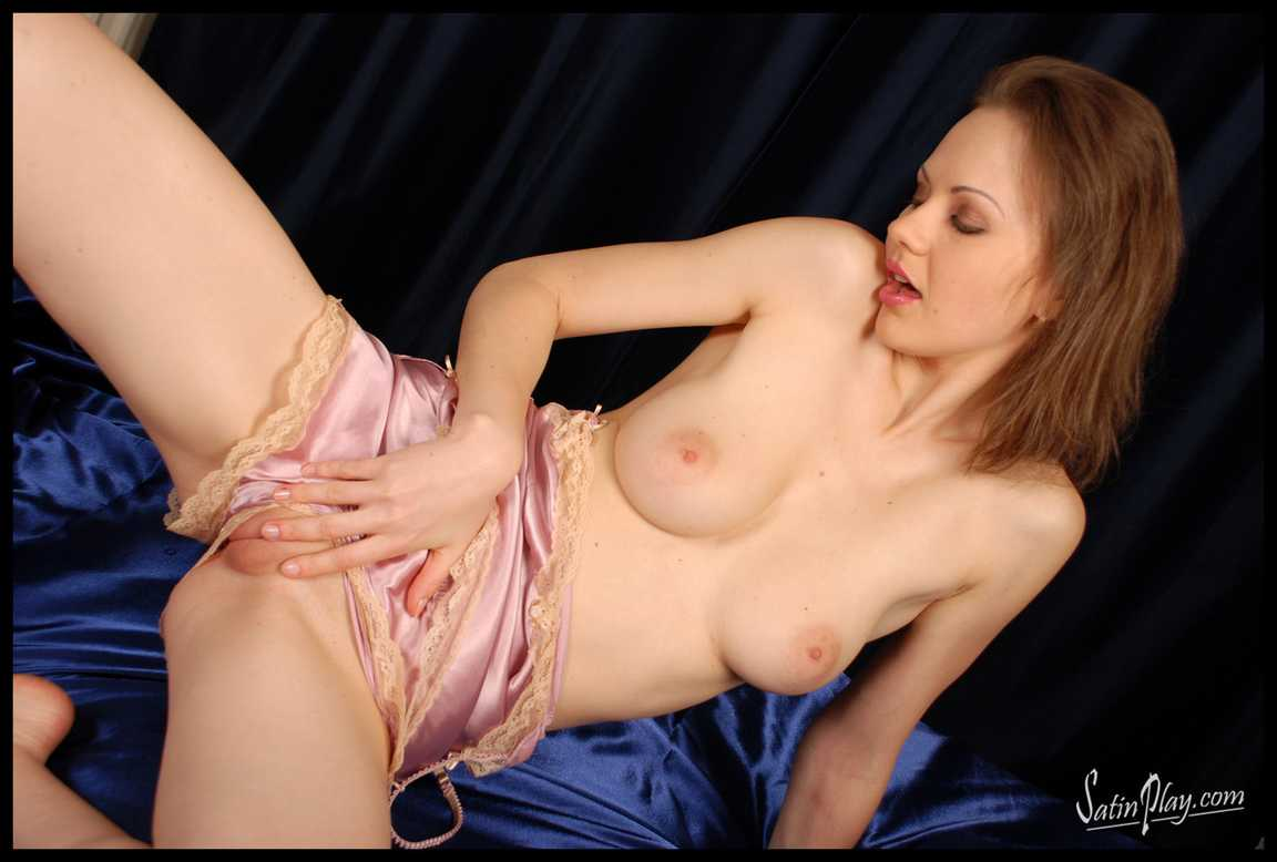 vraie bombe gros seins gode (46)