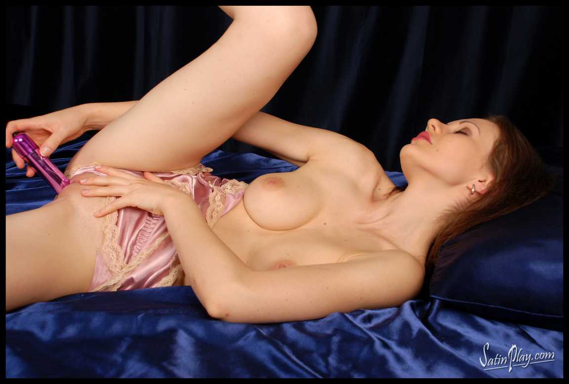 vraie bombe gros seins gode (50)