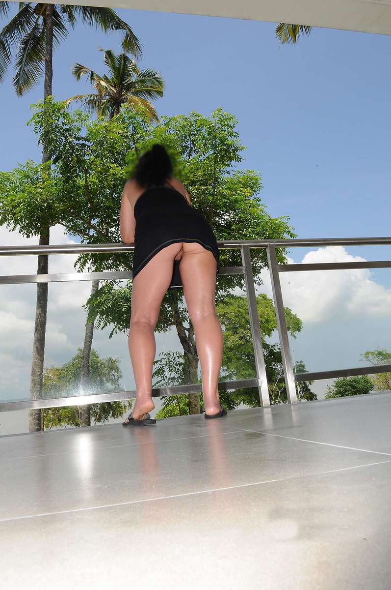 amatrice mure sans culotte (1)