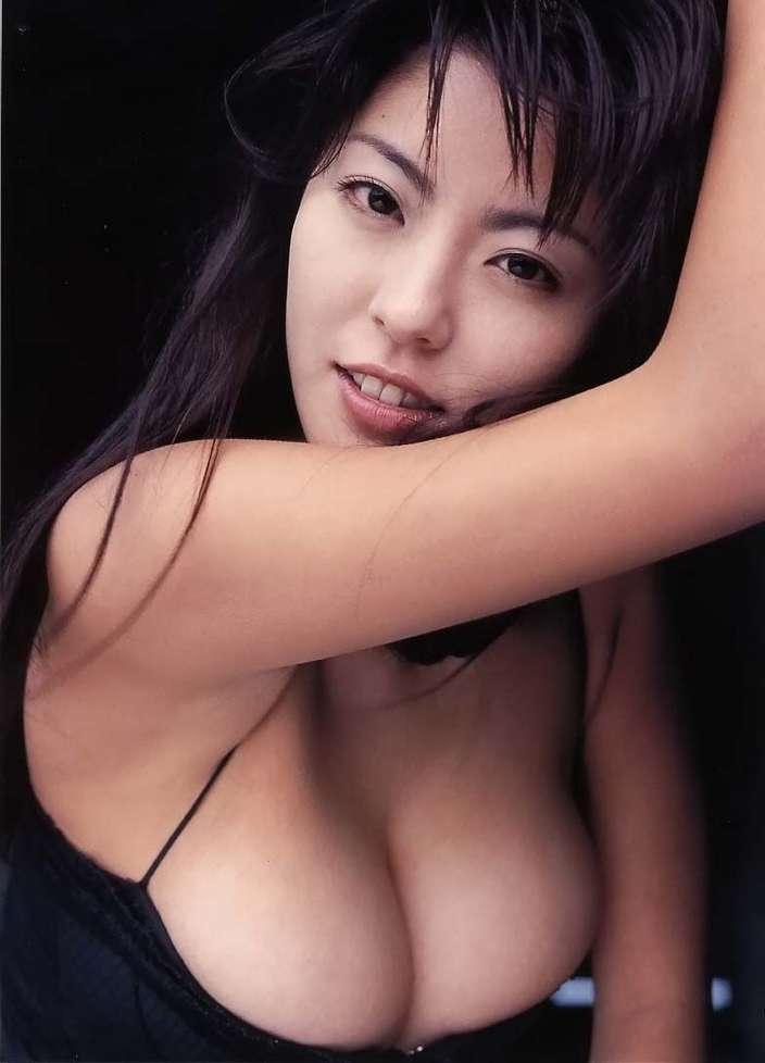 asiatique gros nichons (13)