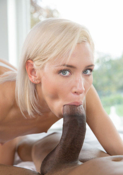 blonde suce black (17)