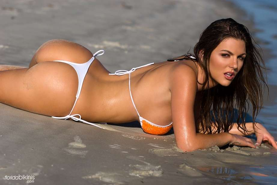 bombe bikini plage (35)