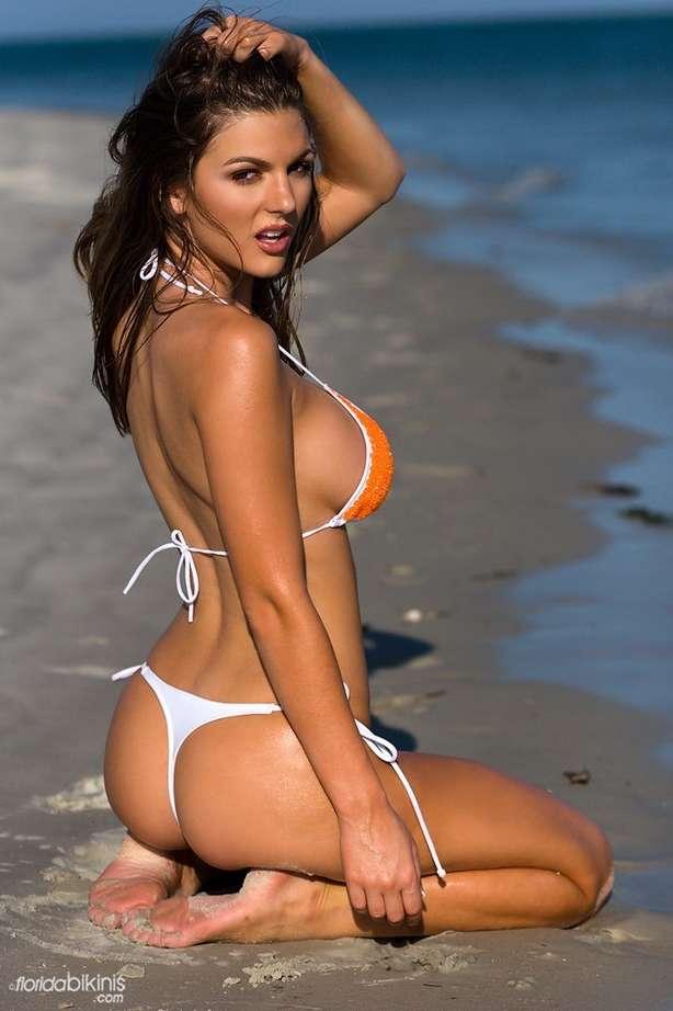 bombe bikini plage (38)