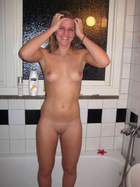 fille sexy douche (15)