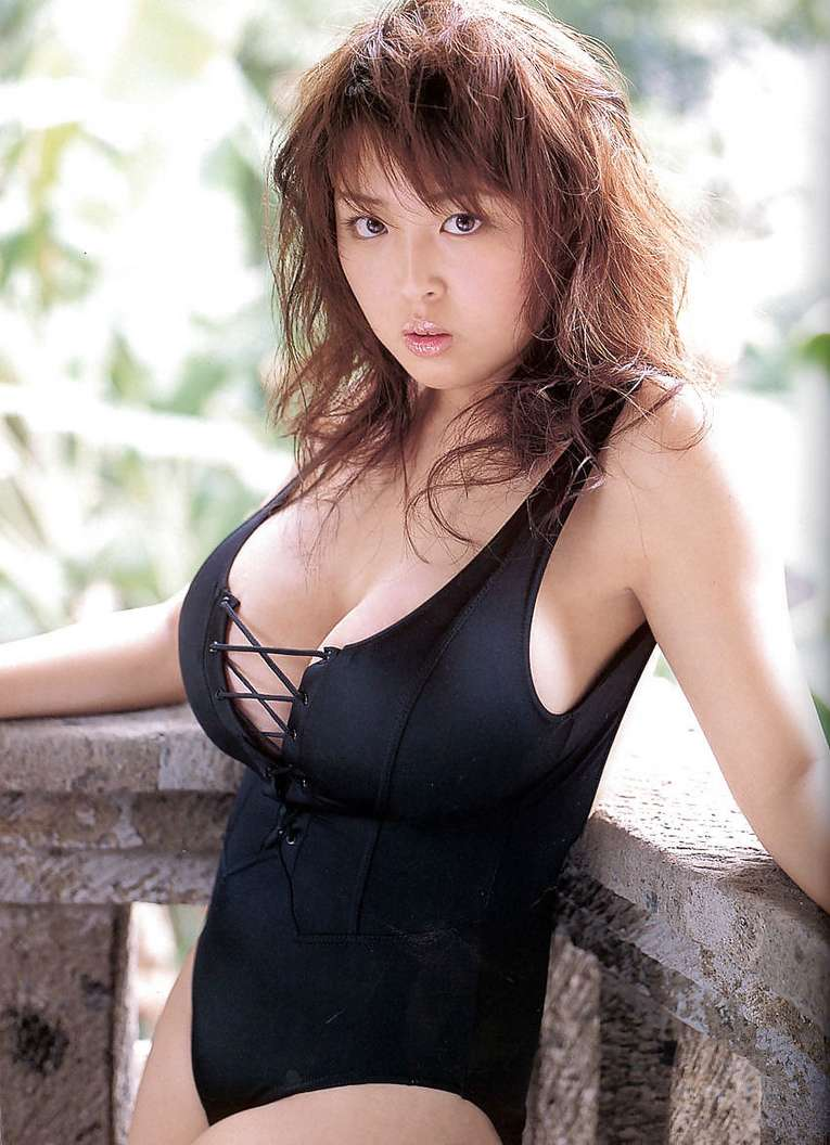 gros seins asiatique (14)