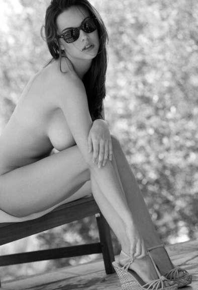 jeune fille sexy n&b (16)