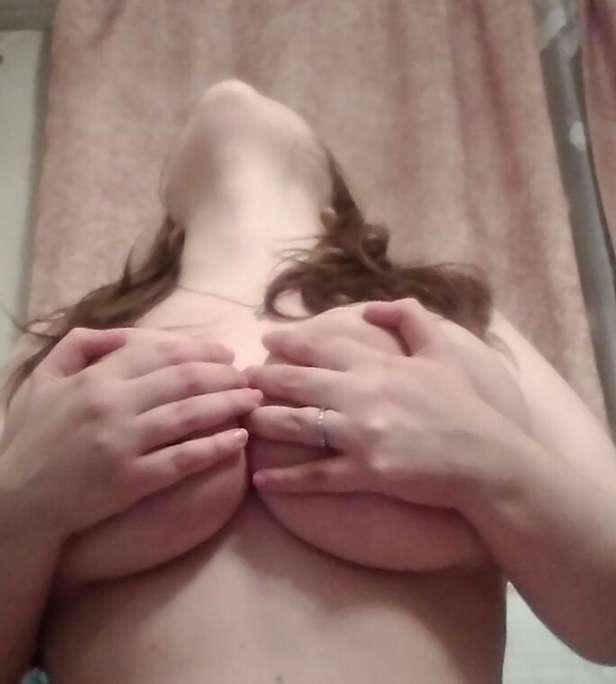 jeune grosse exhibe (38)