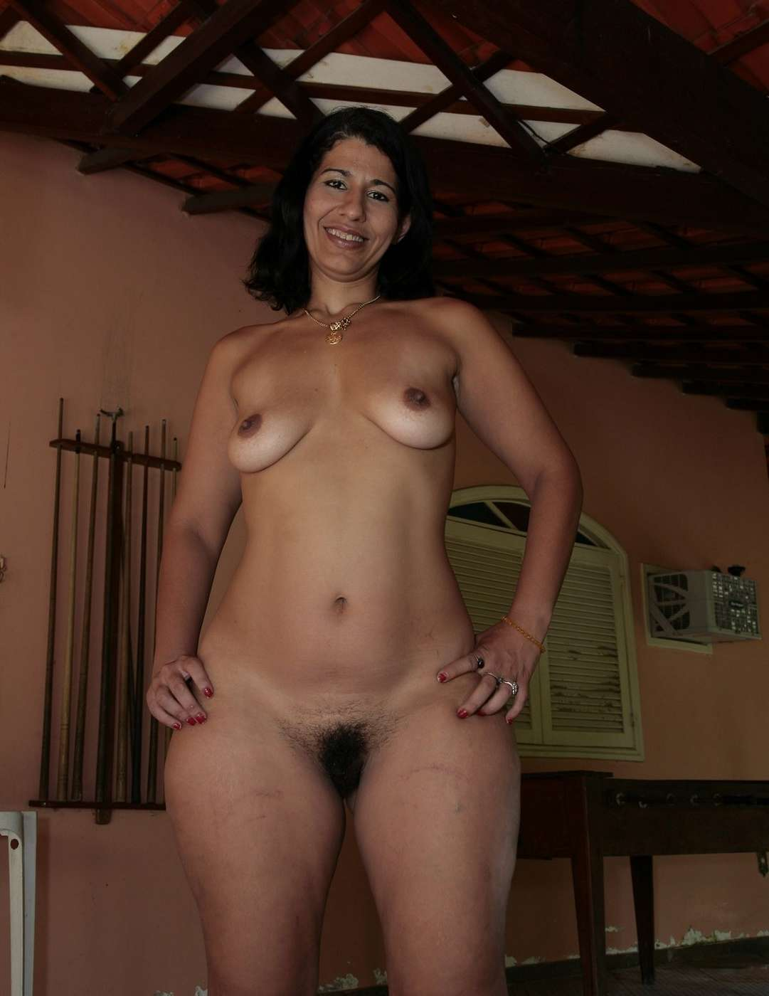 Nude mom outside